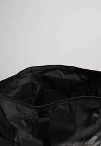 The North Face - STRATOLINE TOTE - Sports bag - black - 4