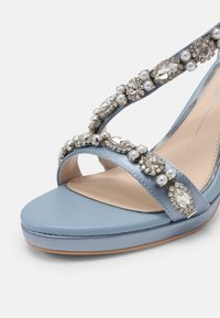 Buffalo - ANNA - Sandaler - light blue - 5