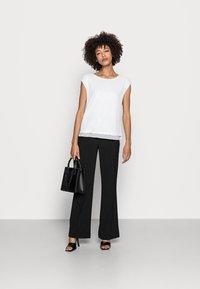 Esprit Collection - PAILETTEN SHIRT - Print T-shirt - off white - 1