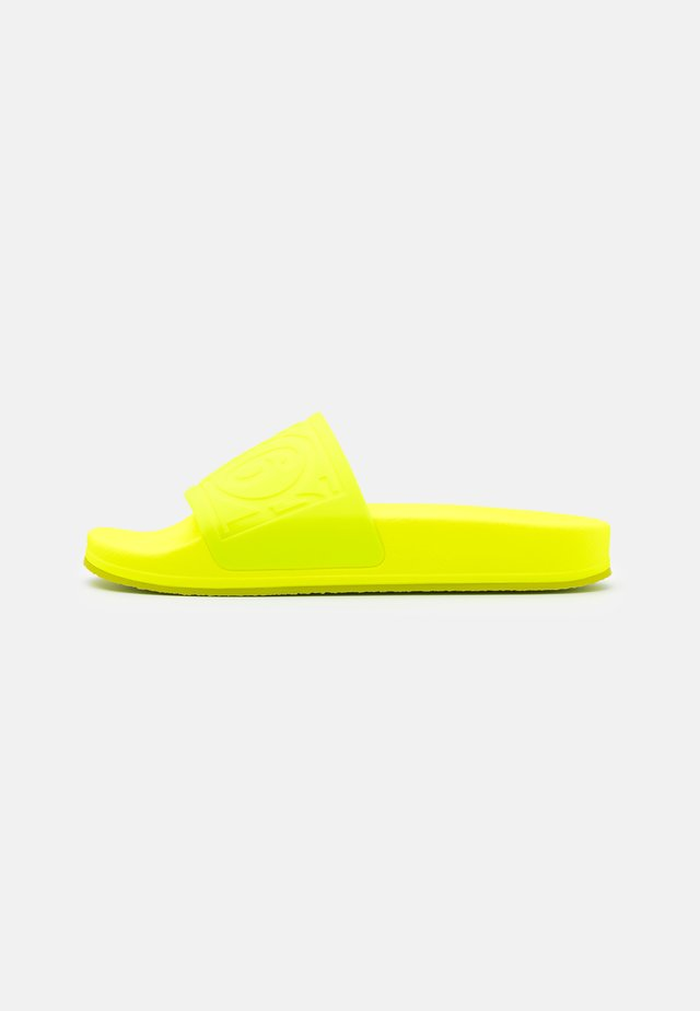 Badslippers - yellow fluro