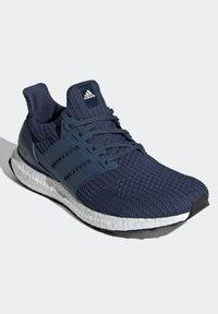 adidas Performance - ULTRABOOST DNA PRIMEBLUE PRIMEKNIT RUNNING - Sneakers - blue - 2