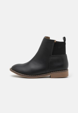STEP GUSSET BOOT - Classic ankle boots - black