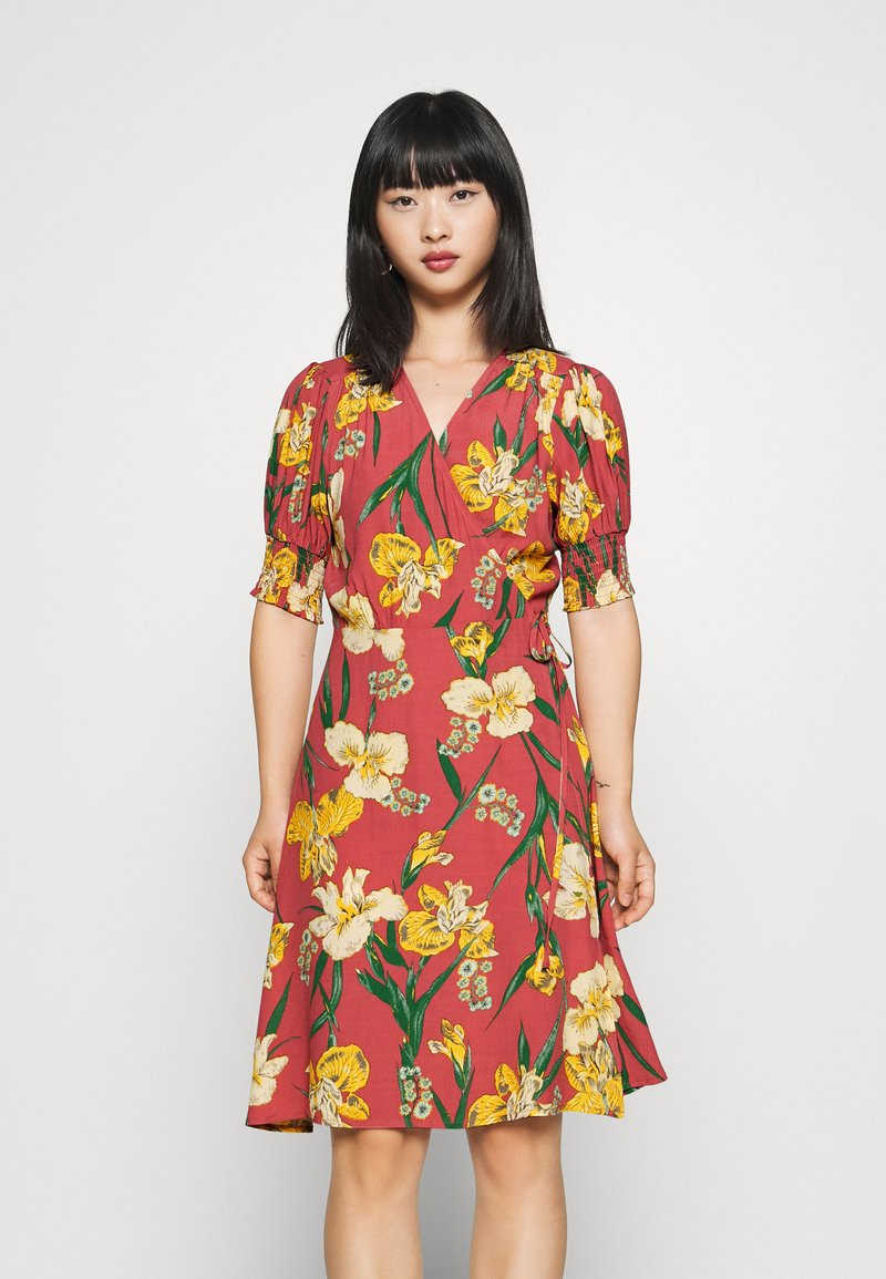 YAS Petite - YASTROPICANA WRAP DRESS  - Vestido informal - canyon rose