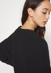 Anna Field - BAT SHAPE OVERSIZED - Neule - black - 6