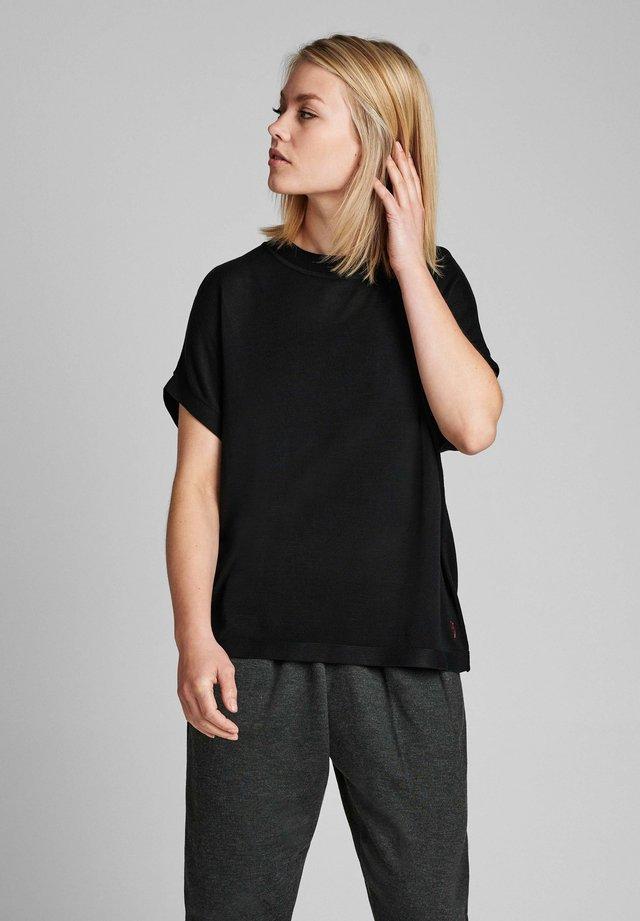 NUDARLENE - Pullover - black