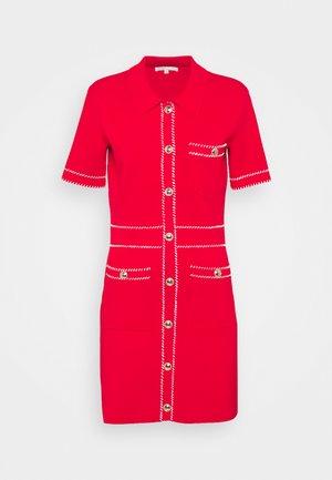 ROSS - Pletené šaty - rouge