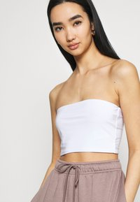 Missguided - SCULPTED SEAM FREE BASIC BANDEAU 3 PACK - Top - black/white/red - 6