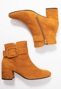Gabor - Ankle boot - curry - 3