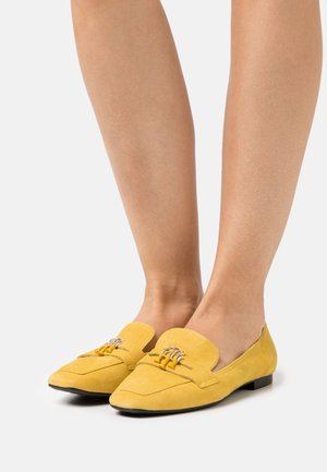 ESSENTIAL HARDWARE LOAFER - Slip-ons - tuscan yellow