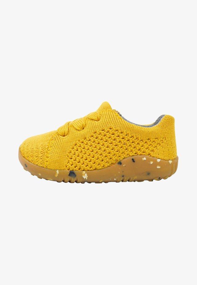 Sneakers laag - tumeric