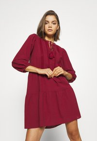 Vero Moda - VMMUSTHAVE BOHO 3/4 TUNIC  - Day dress - red - 3