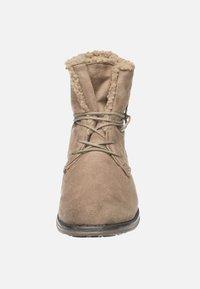 Fitters - HANNA - Šněrovací kotníkové boty - taupe - 5