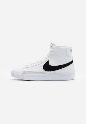 BLAZER MID - Höga sneakers - white/black