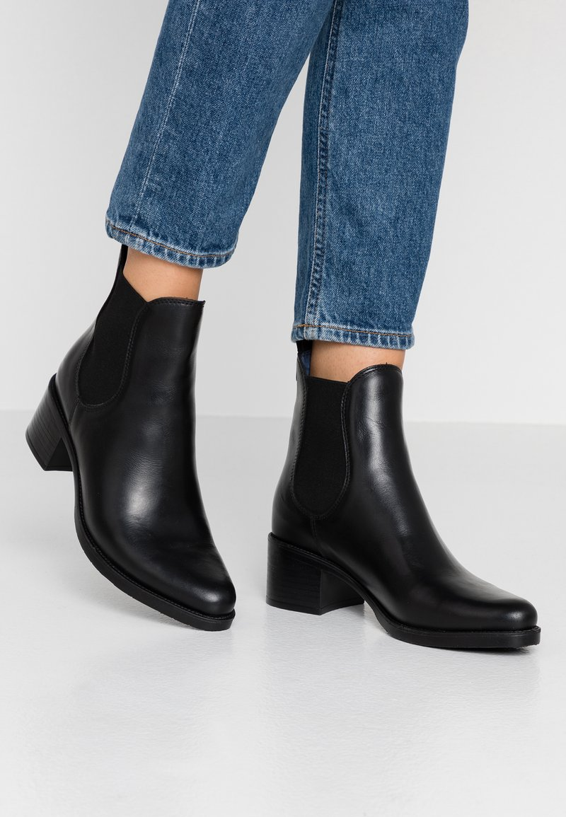 Pinto Di Blu - Classic ankle boots - noir