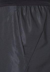 Nike Performance - SLAM - Sports shorts - black/hot lime/hot lime - 2