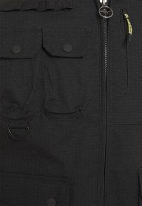 Hi-Tec - WAMI - Waistcoat - black - 4