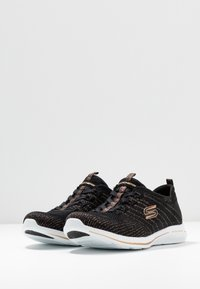 Skechers - CITY PRO - Zapatillas - black/rose gold/white - 4