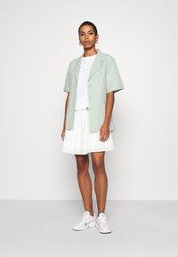 Madewell - SMOCKED BACK MINI PINTUCKS - A-line skirt - lighthouse - 1
