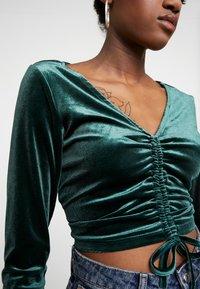 Monki - OLLE - Bluzka z długim rękawem - dark green - 4