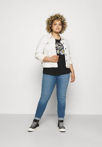Tommy Hilfiger Curve - FLEX HARLEM - Slim fit jeans - izzy - 1