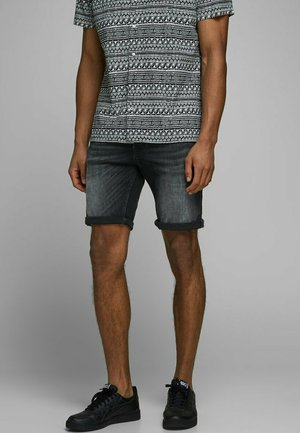 RICK ORG JJ 557 50SPS - Jeans Shorts - black denim