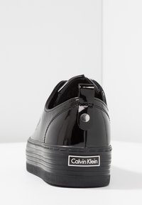 Calvin Klein Jeans - ZOLAH - Trainers - black - 5