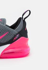 Nike Sportswear - AIR MAX 270 - Tenisky - smoke grey/hyper pink/black/white - 5
