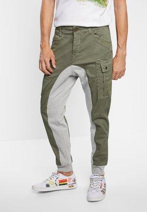 TEOFRIDO - Cargo trousers - green