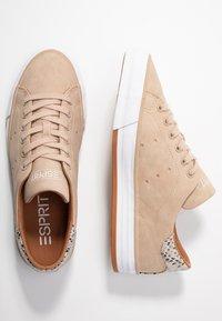 Esprit - SIMONA - Sneakers - bark - 3