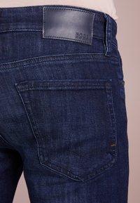 BOSS - MAINE - Straight leg jeans - navy - 3