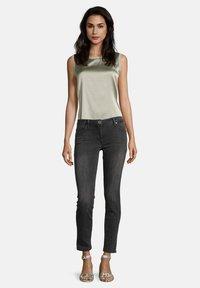 Betty Barclay - Slim fit jeans - dark grey used denim - 1
