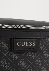 Guess - DAN LOGO BUM BAG - Vyölaukku - black - 3