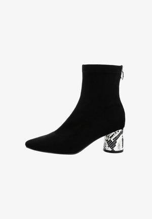RADICONDOLI - Classic ankle boots - black