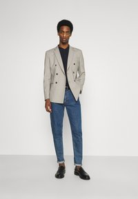 Selected Homme - SLHSLIM MAZELOGAN - Giacca - sand - 1