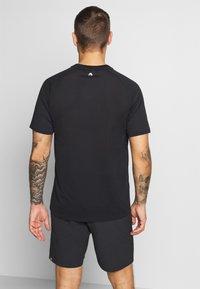 Head - T-shirt imprimé - black - 2