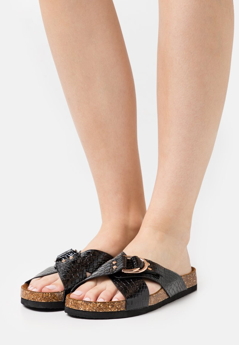 ONLY SHOES - ONLMAXI CROSSOVER - Mules - black