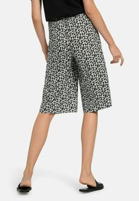 Green Cotton - Shorts - weiß schwarz - 2