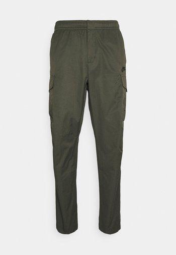 UTILITY PANT - Pantaloni sportivi - sequoia