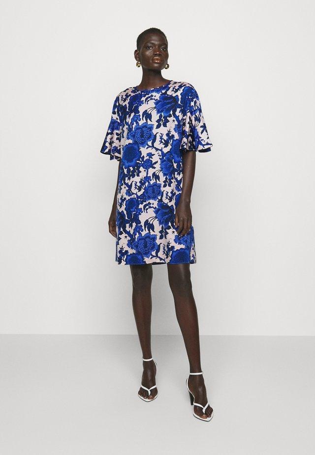 ARLENE - Robe de soirée - medium pink/blue