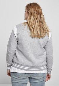 Urban Classics - Zip-up hoodie - grey white - 7