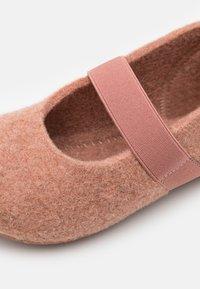 Bisgaard - CASUAL  - Domácí obuv - rose - 5