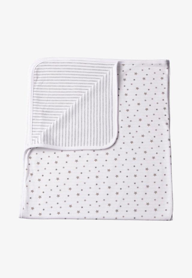 MIT NIEDLICHEM WENDE-DRUCK - Baby blanket - weiss grau