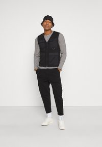 Only & Sons - ONSKING LIFE  - Waistcoat - black - 1