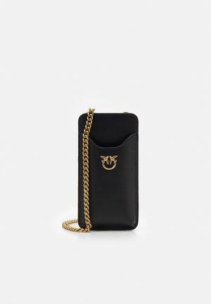 PHONE CASE SIMPLY - Mobilveske - black