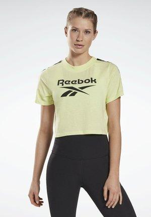 T-SHIRT TRAINING ESSENTIALS TAPE PACK - T-Shirt print - yellow