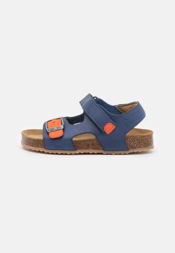 FUXIO - Sandals - marine/orange