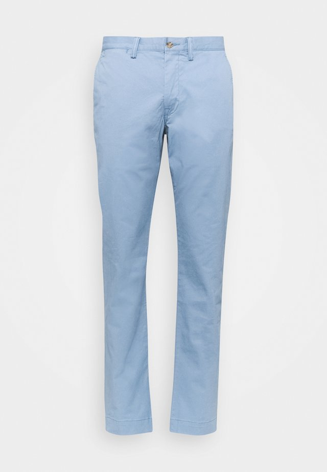 BEDFORD PANT - Pantalones chinos - channel blue