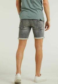 CHASIN' - Denim shorts - grey - 1