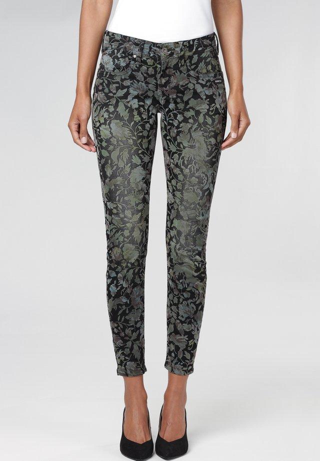 BAROCK FLOCK  - Jeans Skinny Fit - green barock camu brsd