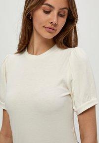 Minus - JOHANNA  - Basic T-shirt - cloud dancer - 3